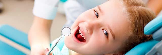 Bild: Gesunde Zähne für die Jugend